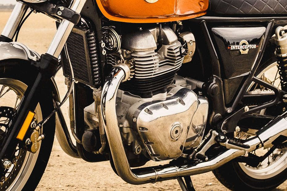 Royal Enfield Interceptor สี