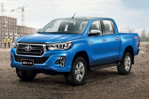 Hilux Revo Double Cab Front angle low view