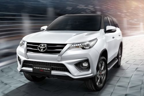 Fortuner Front angle low view