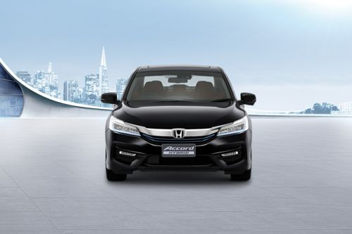 Full Front View of Accord Hybrid