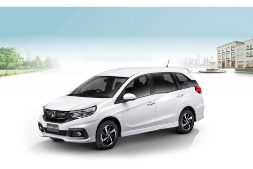 Mobilio Front angle low view