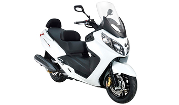 SYM Maxsym 400i Motorcycle Price, Find Reviews, Specs | ZigWheels